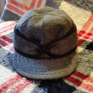 EUC Gray Wool Stormy Kromer Women's Hat